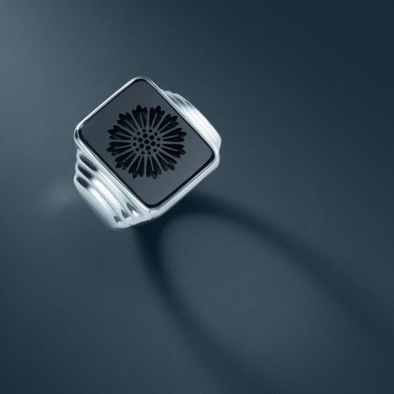 Ziegfeld Collection Daisy Signet Ring Of Black Onyx In