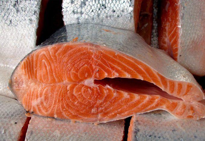 El salmón de piscifactoría tiene la mitad de ácidos grasos omega-3 que hace cinco años