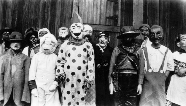 Creepy Halloween Costumes From The 1930s And 1940s Fantasias De