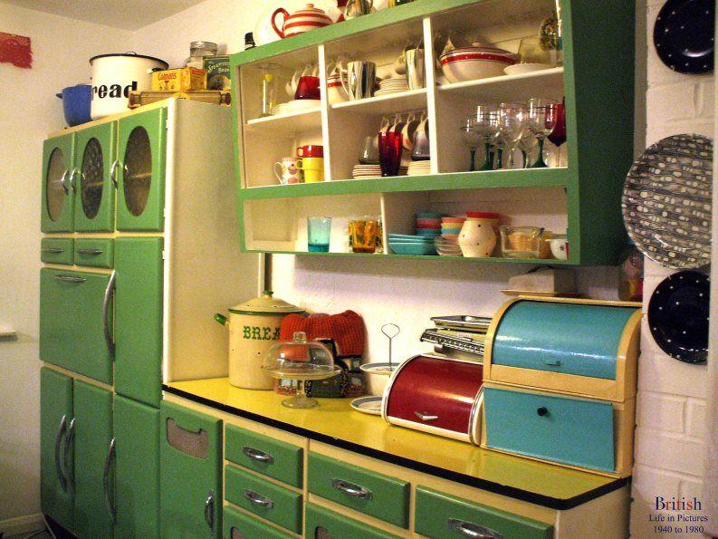 Pin By Raphael Segal On Decor I Love Vintage Kitchen Cabinets Vintage Kitchen Retro Kitchen