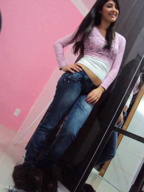 Big Indian Ass In Tight Jeans  S-9915