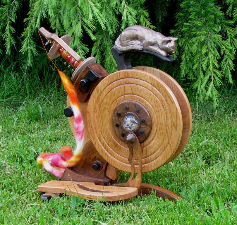 Sarah's Cat -- Love this wheel
