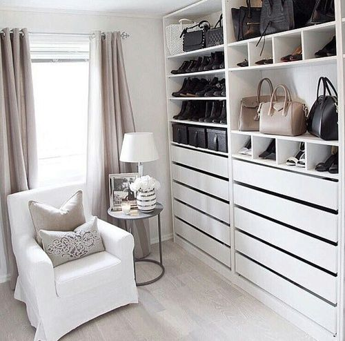 Pin By I M Divabutsweet On Deco Home Interior Walk In Closet Ikea Dressing Room Closet Dressing Room Design
