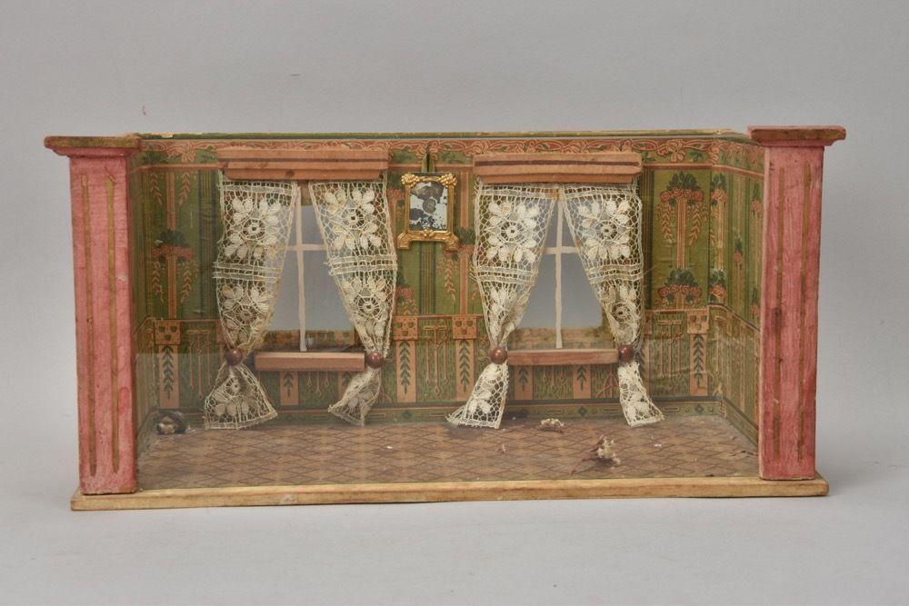 r9g11- Alte Puppenstube Holz Gehäuse mit Glasfront und