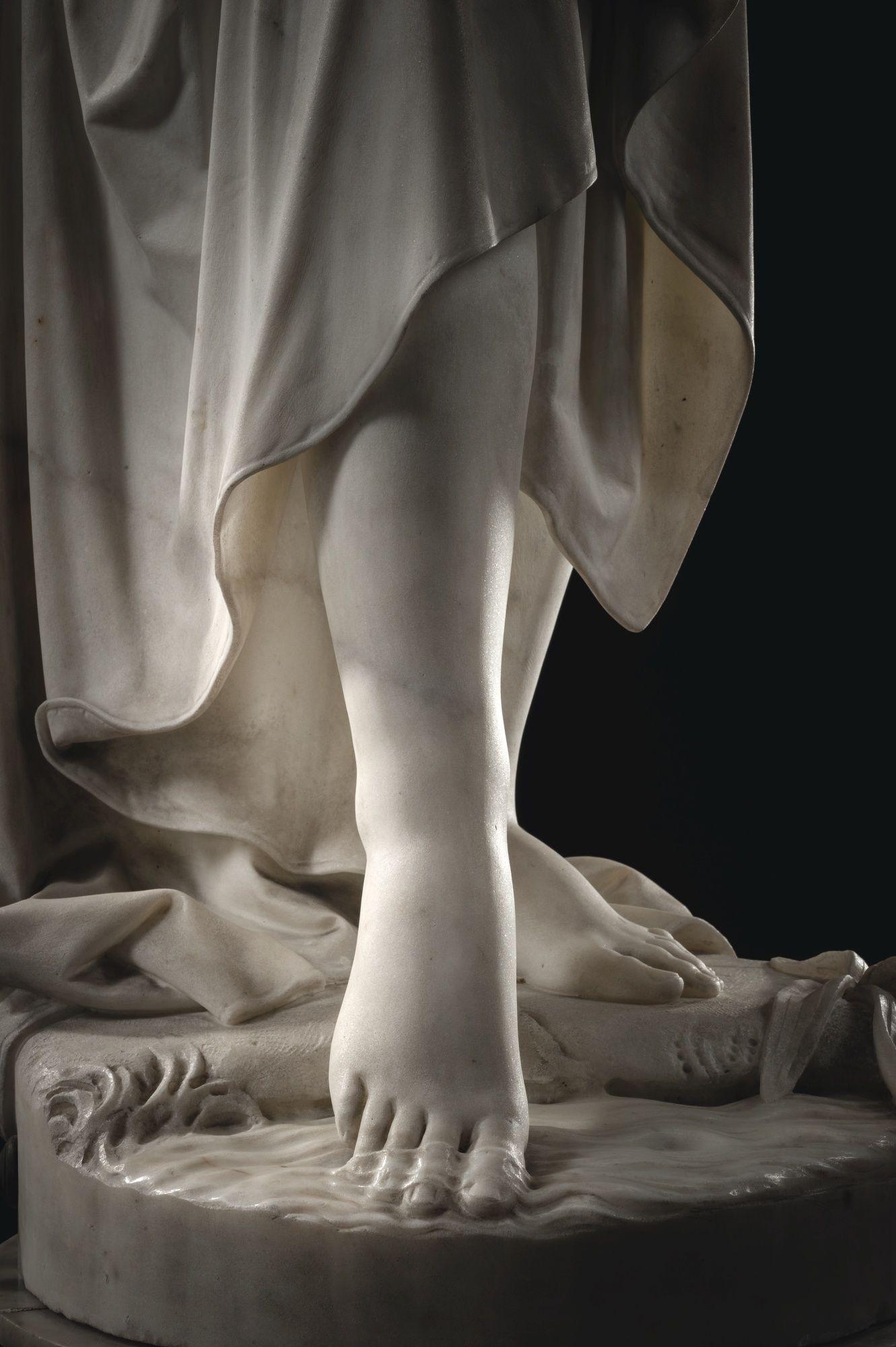 Évolution homme singe sculpture statuette âge de pierre bodybuilding