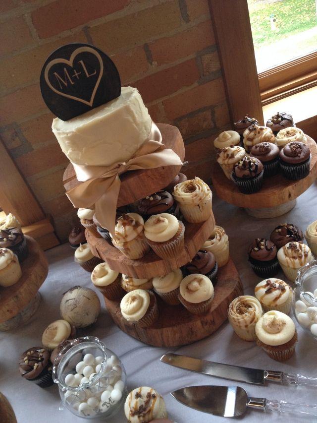 Cupcake Rustic Weddings Gallery Wedding Offered By