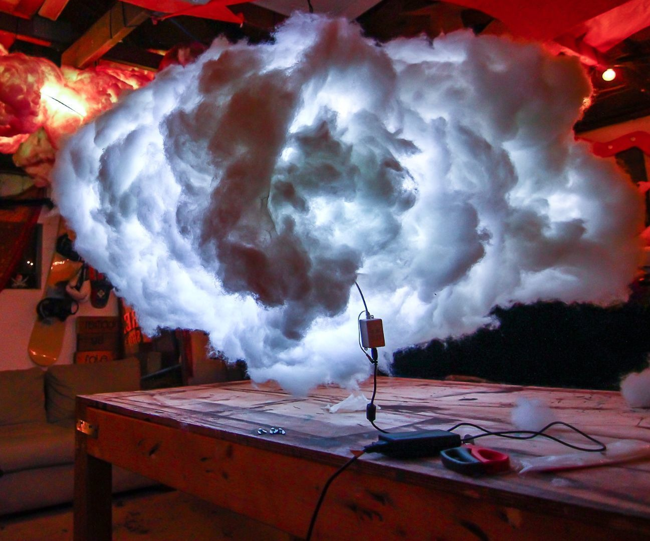L.E.D Clouds Chicken wire, Shorts and Easy