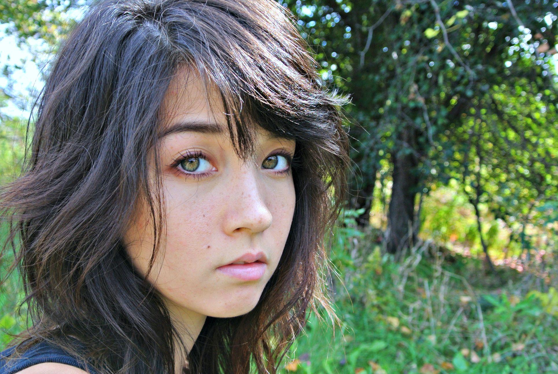 Japanese caucasian girls dating
