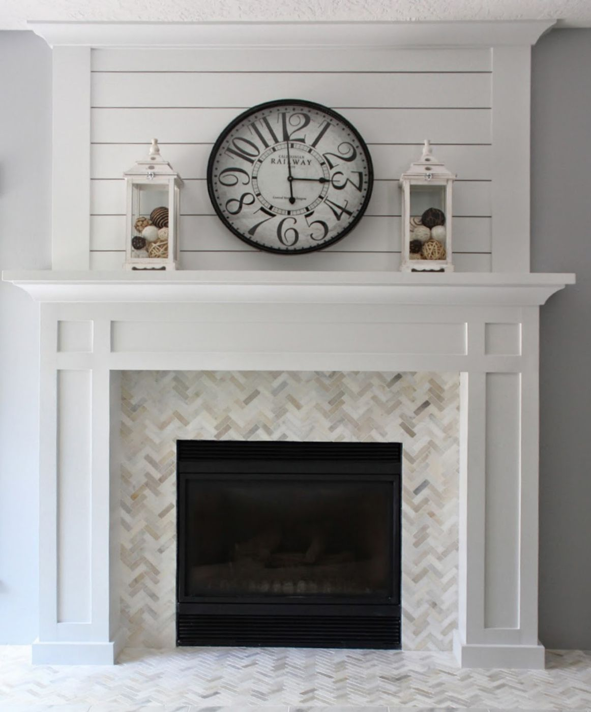 25 best diy fireplace makeovers sally from love of homes piso nuevo pinterest hogar - Chimenea decorativa madera ...