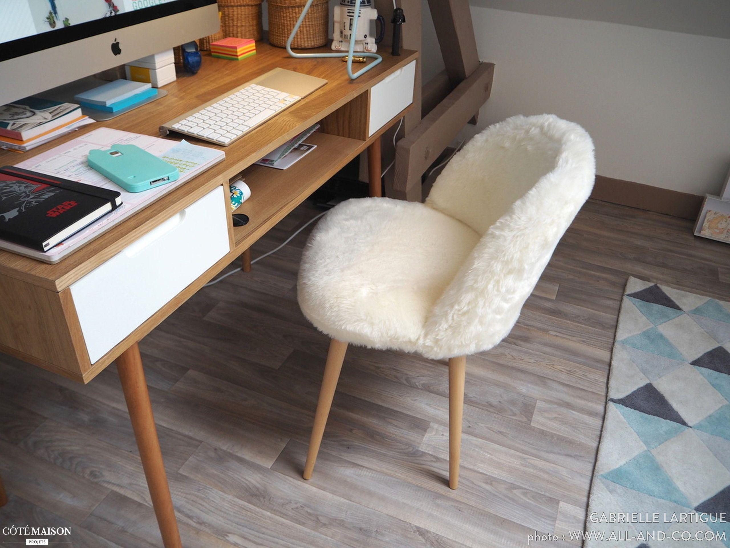 Siège cocooning et confort dans ce coin bureau ! une déco hygge