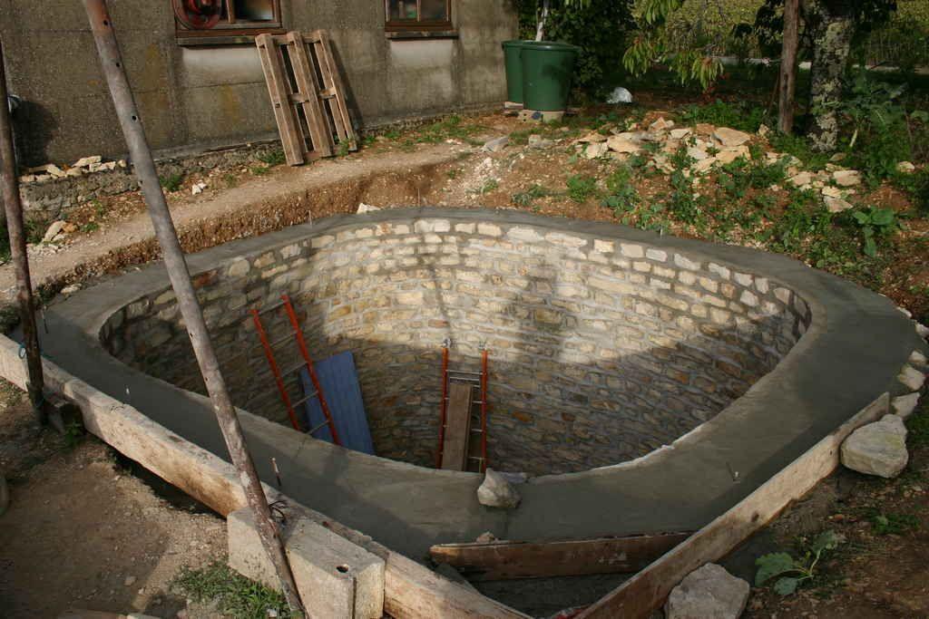 Récupérateur eau de pluie  faire sa citerne soi-même Jardin et