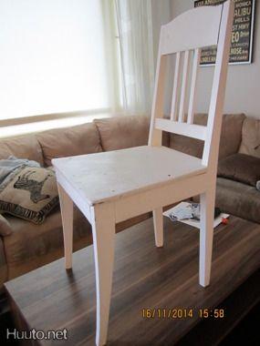 2kpl tuoleja