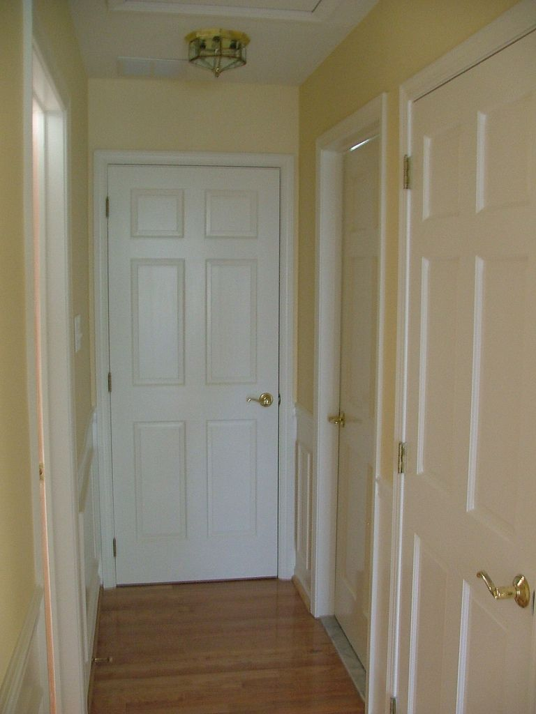 22 Completion Upstairs Hallway Behr colors, Tall