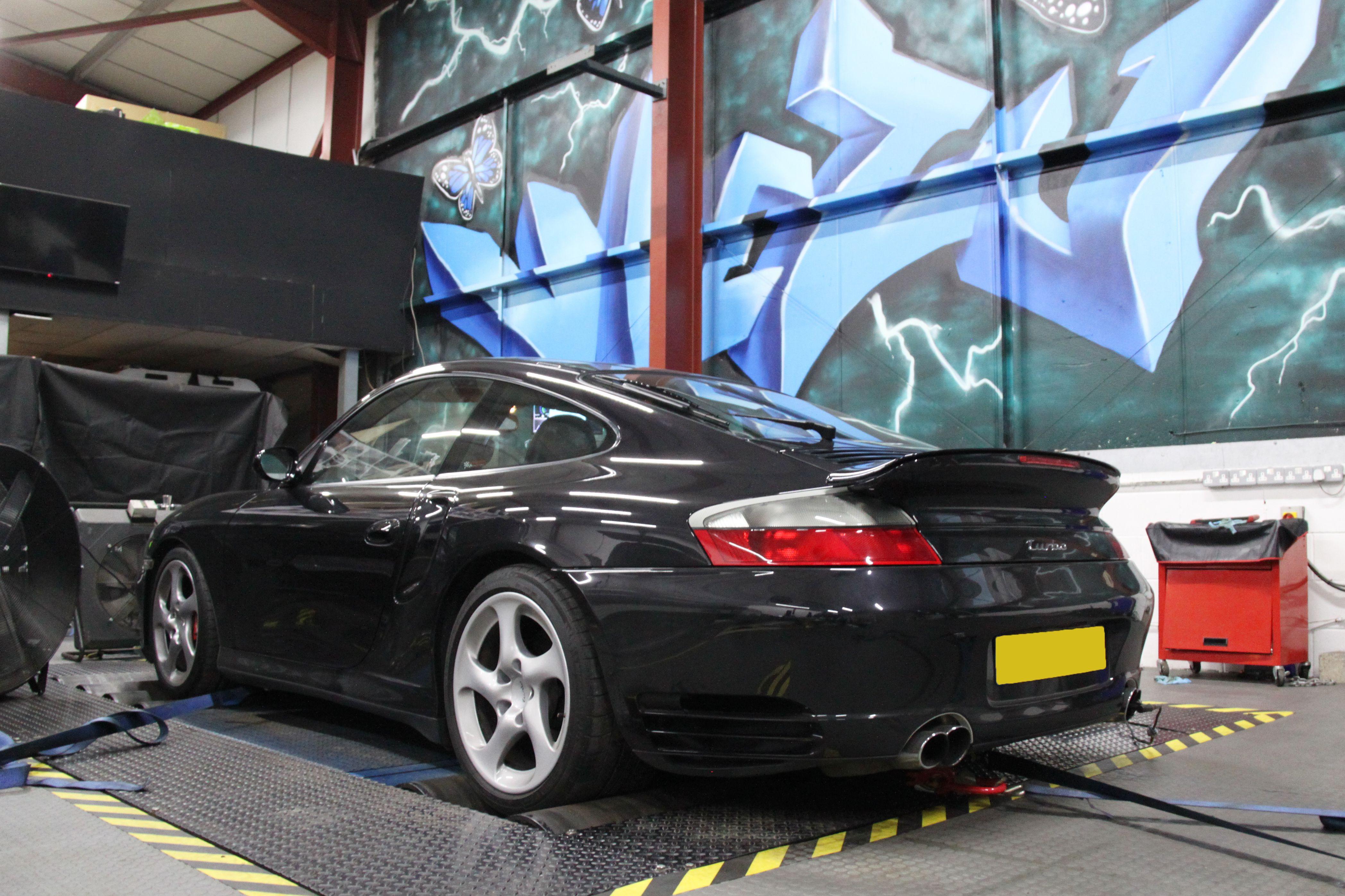 Porsche Modern Classic Exhaust and Dyno Tuning | Viezu