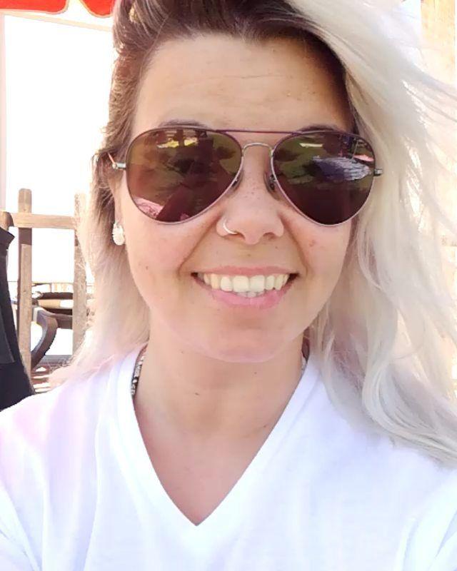 #japafashionmoodvacay #freckles #grannyhair #notabloger #notainfluencer #nofilter #justme #oldgirl #badgirl #happygirl #fatgirl #swimming #hotday #scorpiowoman #embracelove #liebe #love #amor #peace #goals #kussen #xoxo #kisses