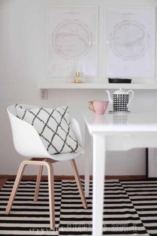Stuhl, Sitzgelegenheiten, Skandinavisch, Eingang, Tisch, Dekoration,  Wohnen, Heu Über Einen Stuhl, Eames Stühle
