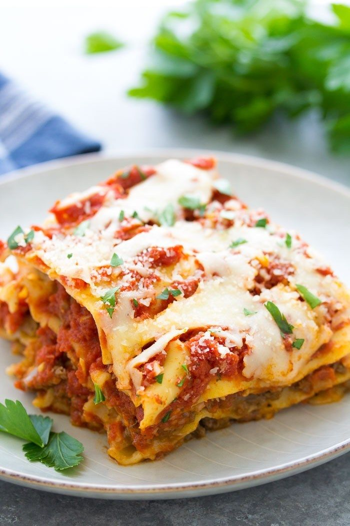 This Easy Crockpot Lasagna Recipe Makes The Best Quick