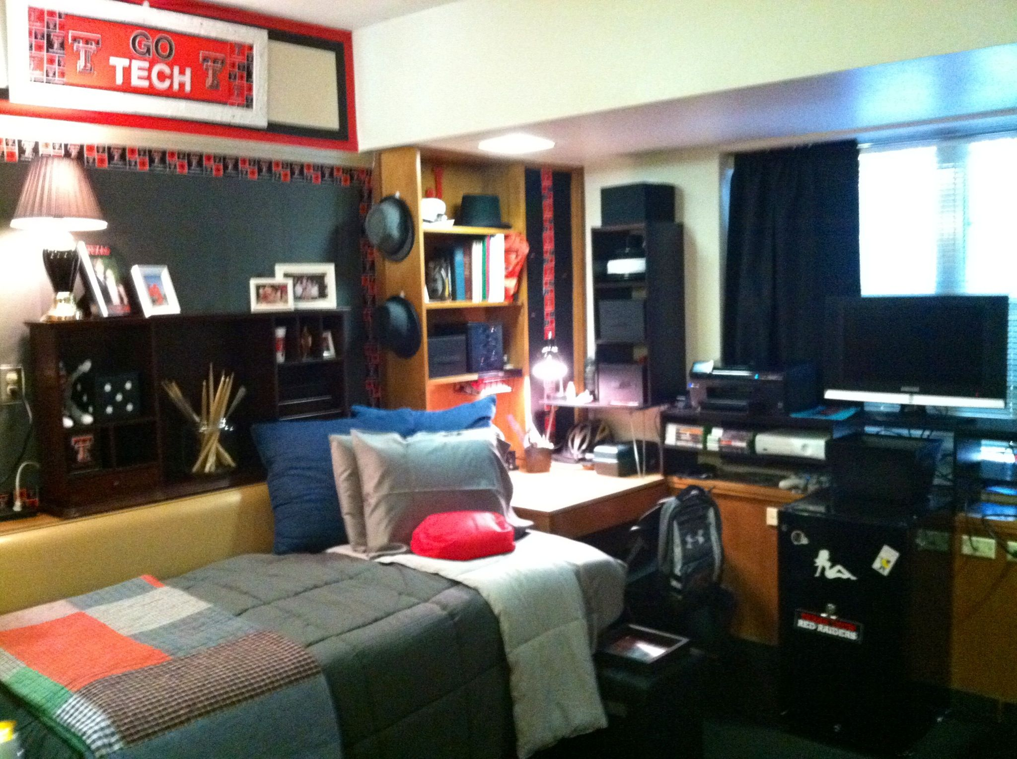 james dorm room at texas tech. | dorm room | pinterest | dorm room