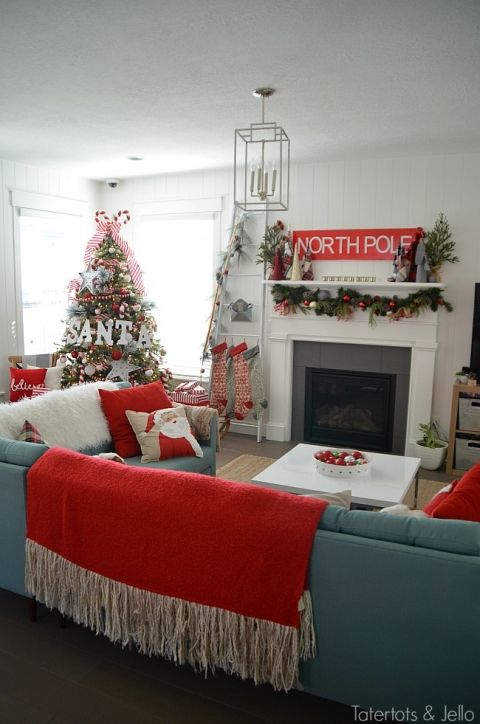 santa north pole christmas tree decorating ideas make a simple red and white santa christmas tree find all the details and diy ideas at tatertots and - North Pole Christmas Decorations