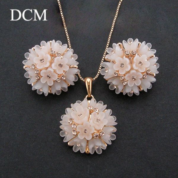 DCM Free Shipping Female One Piece Fashion Crystal Necklace And