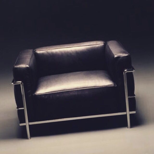 Le Corbusier Bauhaus lc3 sofa 1928 by le corbusier bauhaus design and architecture