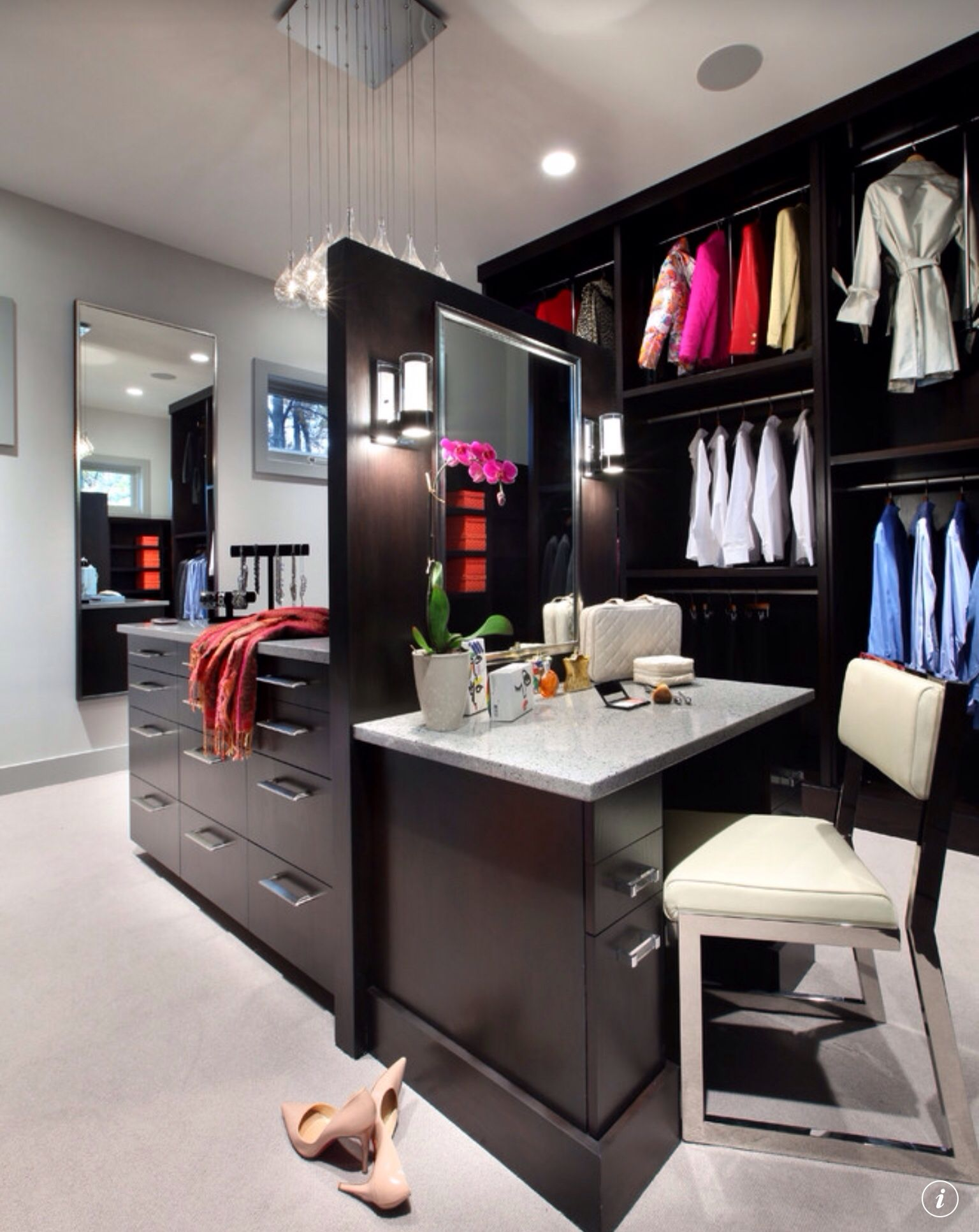 Makeup Station In Walk In Closet Love