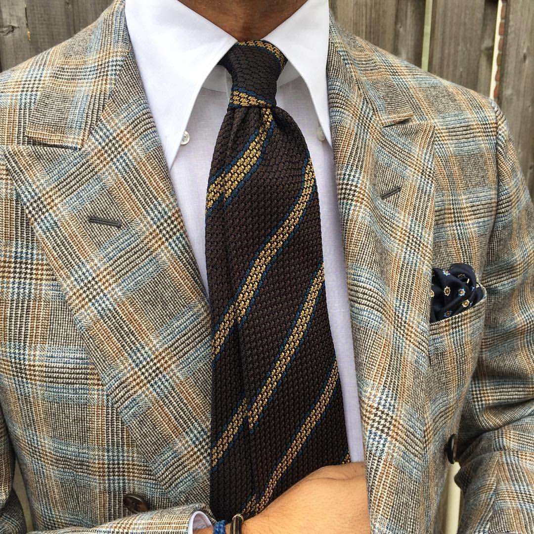 "Closeup of @rickycarlo wearing a Viola Milano ""Brown/Gold Stripe"" vintage Grenadine tie & handrolled silk pocket square… Buy it online at www.violamilano.com #vm #violamilano #hanadmade #madeinitaly #luxury #sartorial #timeless #elegance"