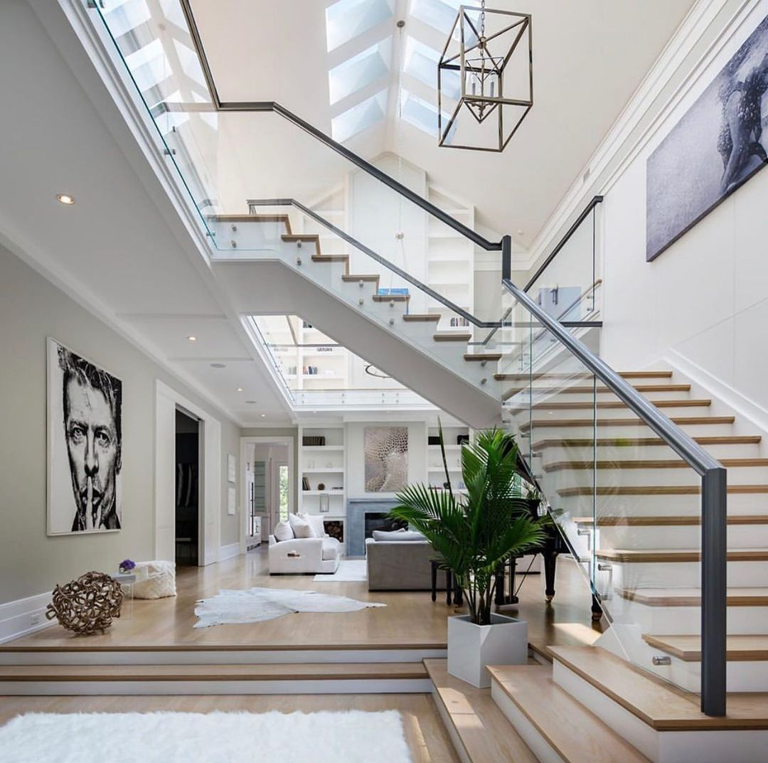 Lorna Gross On Instagram A Little Something To Remember When Designing Your Entryway You Only Ha In 2021 Home Stairs Design Modern House Design Dream House Interior