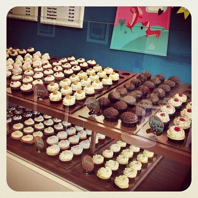 Cupcakes by Lu | Sugar cookie, Cupcakes, Desserts