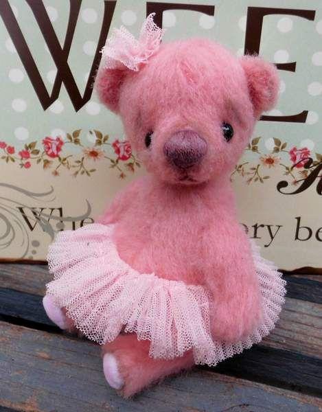 Ballerina KIANA By Carla Carlotta Bears - Bear Pile