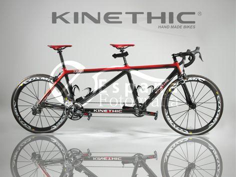 Fotografía publicitaria para KINETHIC, fabricación artesanal de cuadros de carbono. (Bicicleta montada en deportes Goyo) www.foto-españa.com