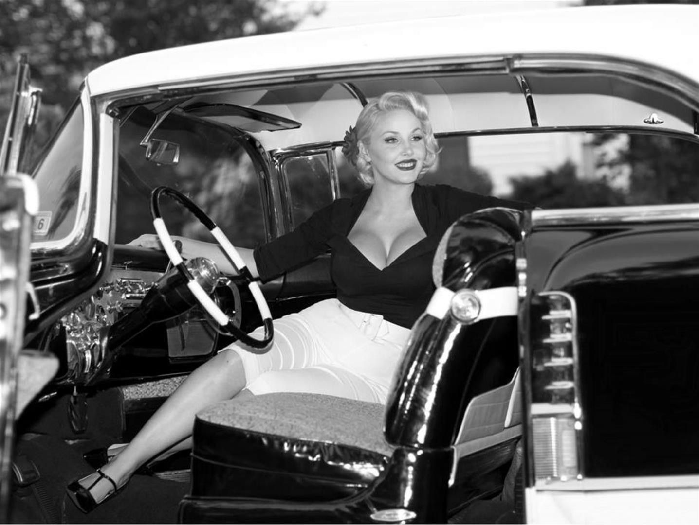 Pin on Vintage Pin Ups with Cars
