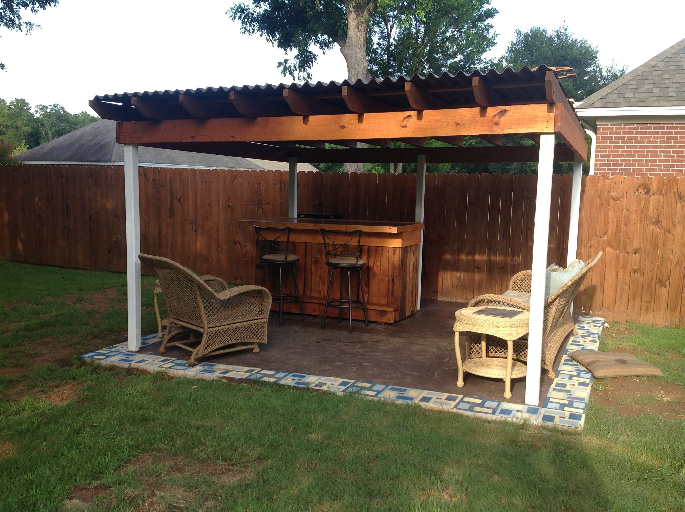 Outdoor Pallet Bar Recycled Pallets Ideas & Projects