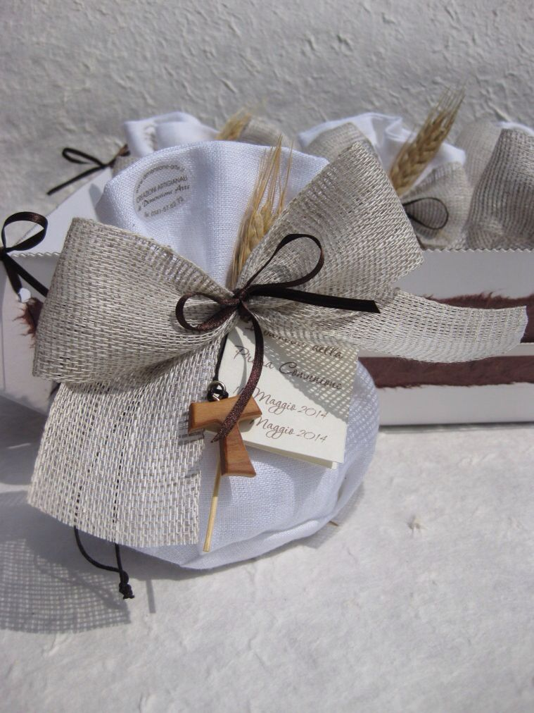 Bomboniere Personalizzate Fatte A Mano Per Comunioni E Cresime Felt Flowers Patterns Confirmation Gifts Wedding Favor Bags
