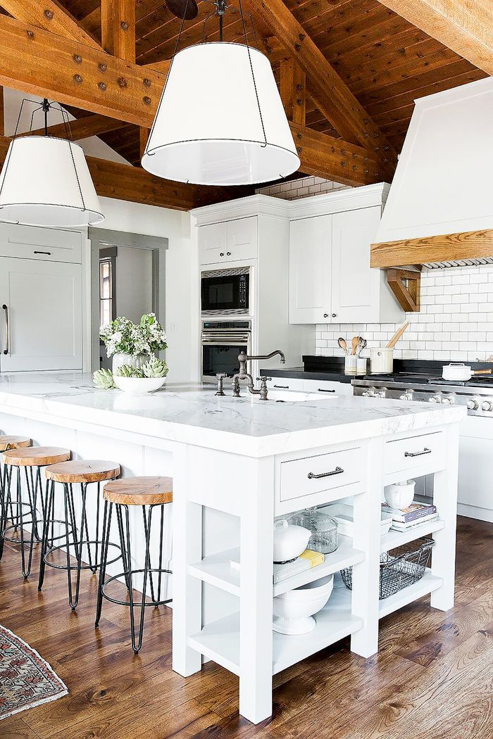 These 18 Islands Are The Crown Jewel Of The Kitchen Interior Design Kitchen Modern Farmhouse Kitchens Home Decor Kitchen