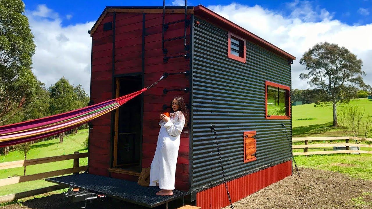 Tiny Home Designs: Amazing Cute Off-grid Tiny House Perfect For Couple In