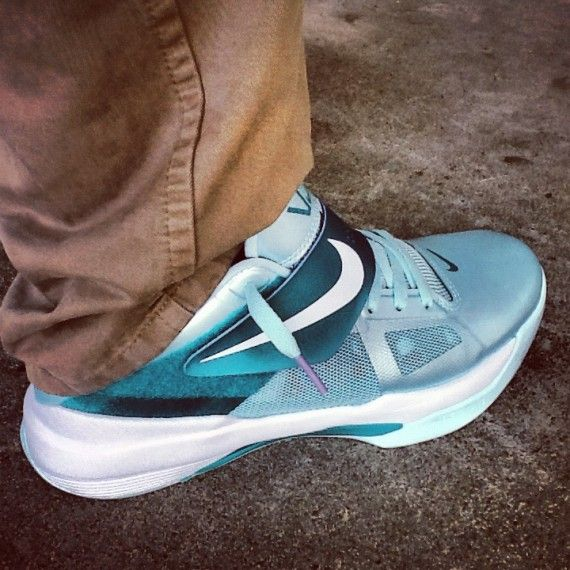 differently 4c56a 0b5ab Nike Zoom KD IV