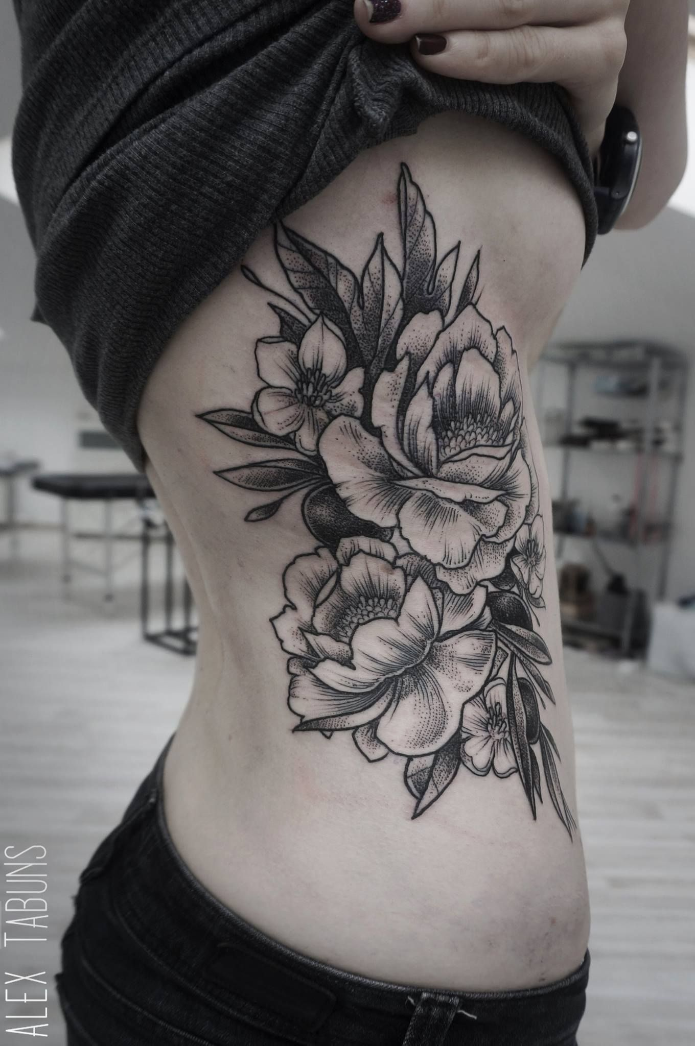 Womans Back Flower Tattoo Black White Google Search I N K