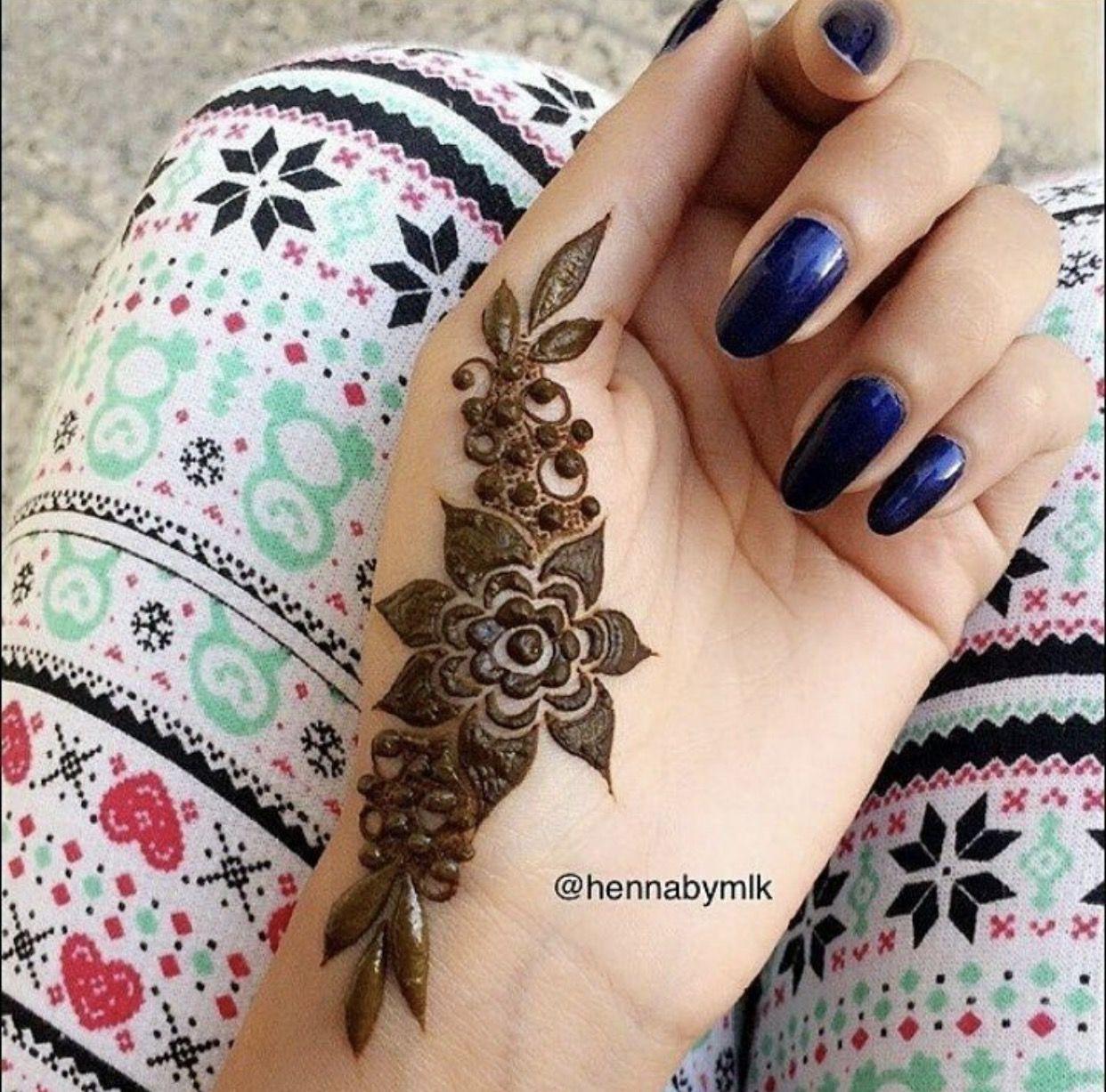 Good henna design
