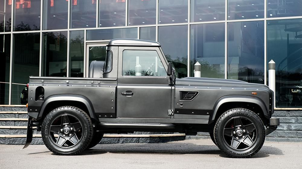 2012 LAND ROVER DEFENDER 2.2 TDCI XS 90 Station Wagon Flying ...