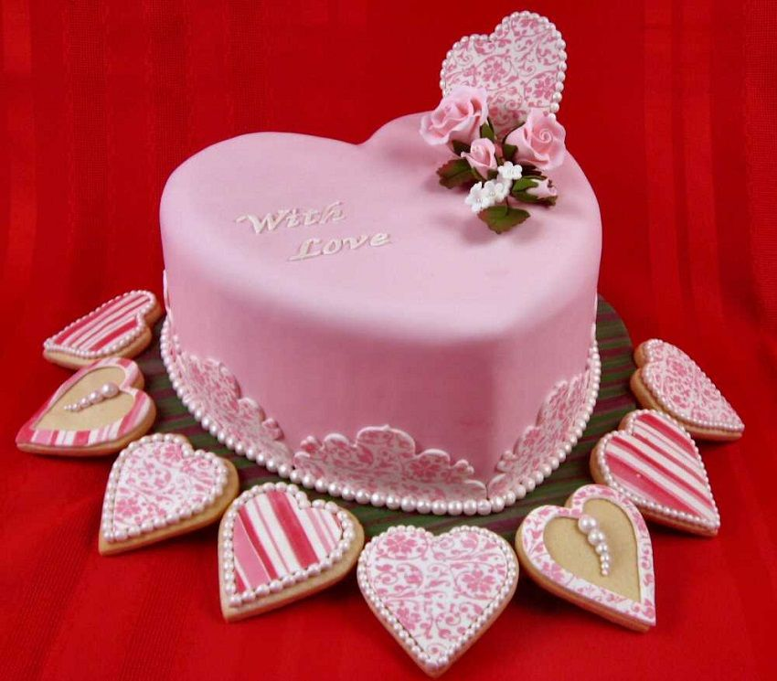 Stylish Pink Themed Simple Wedding Cake With Pink Hearts And Pink - Stylish birthday cakes