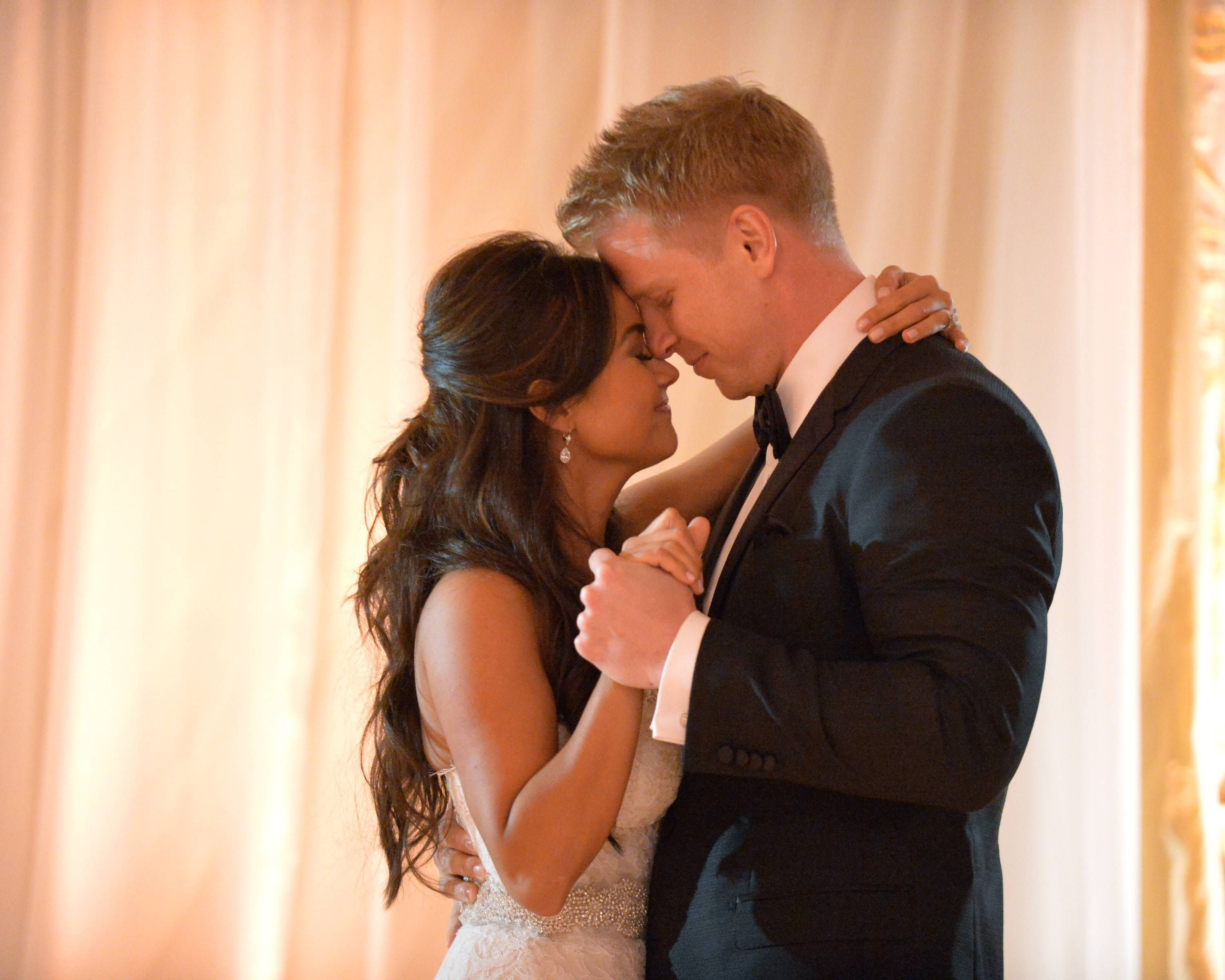 Exclusive The Bachelor S Sean Lowe And Fiancee Catherine Giudici Living Apart Sean And Catherine Wedding Sean And Catherine Lowe Catherine And Sean
