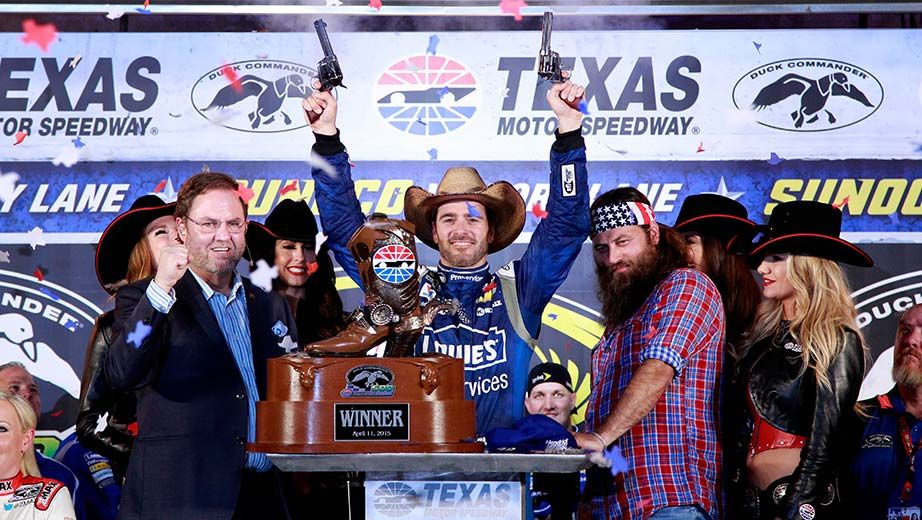See the best photos from Texas | NASCAR.com   We WON the spring race at Texas. This makes the #48 the only car to win both a spring & fall race.
