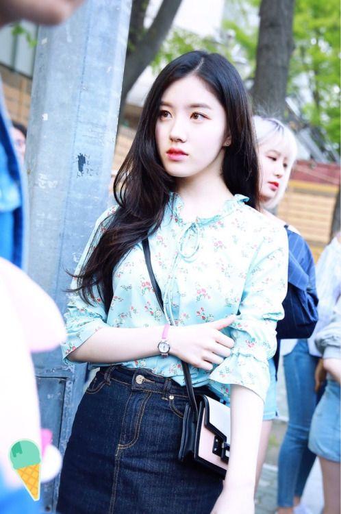 Xiyeon Park Siyeon Asian Pretty Girl Good Looking Kpop Seoulessx Ulzzang Girl Fashion Kpop Girls