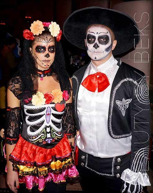 8a1cc78e466 25 Unique Halloween Costumes for Couples | STUFF | Unique halloween ...