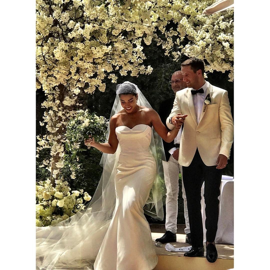 Hannah Bronfman and Brendan Fallis on their wedding�on May 20, 2017