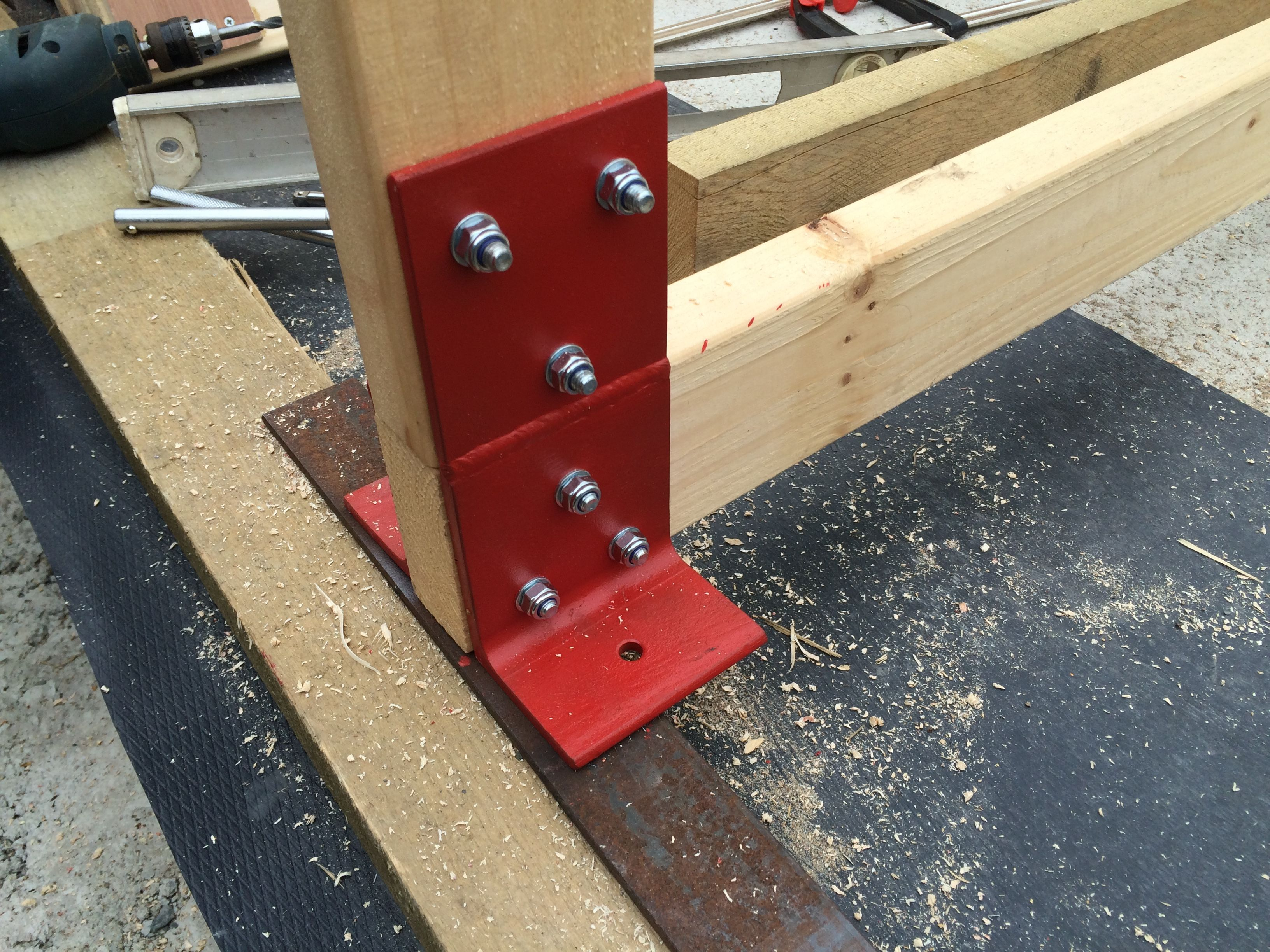 Custom made roof truss plate angle piece sits on top of for Custom roof trusses