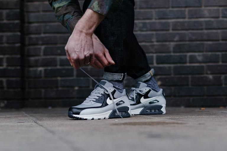 best service de09d 045a2 Product Name  Nike Air Max 90 Essential 537384-083 Specifications  An  essential pair