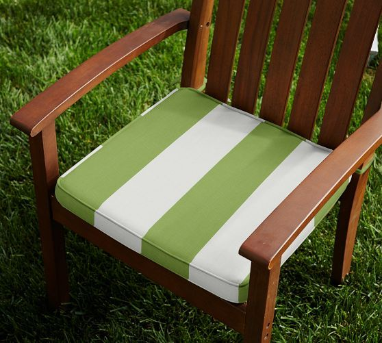 Outdoor Piped Dining Chair Cushion   Striped Sunbrella® | Pottery Barn