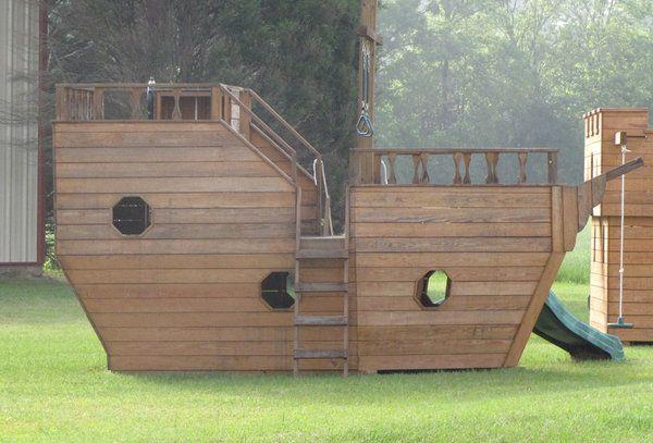Boat-shaped Playhouse